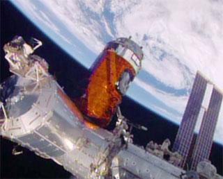 「こうのとり」5号機 ISSに把持、結合完了