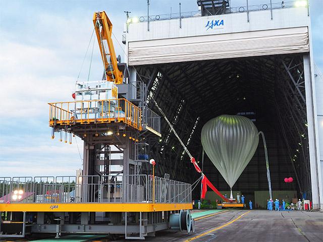 大気球実験B17-02の実施終了[成層圏における微生物捕獲実験]