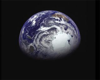 「はやぶさ2」地球スイングバイ成功 進路は小惑星リュウグウ!