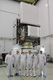 GPM主衛星、種子島宇宙センターで機体公開