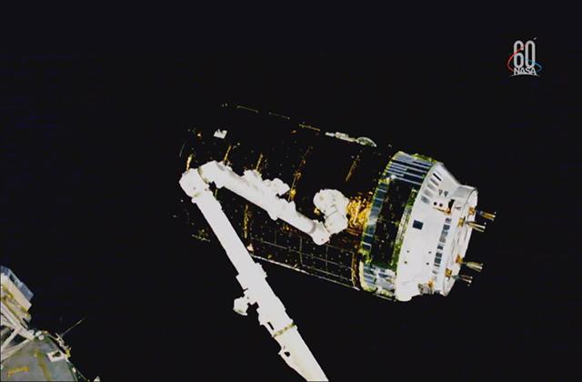 「こうのとり」7号機、国際宇宙ステーションに結合完了!